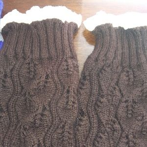 Accessories - 4 pair of boot socks / leg warmers FUN! Fall color